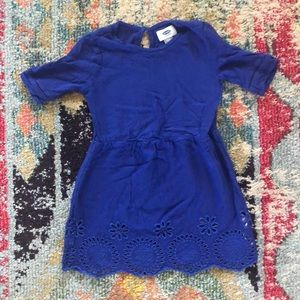 Old navy scalloped dress with keyhole back